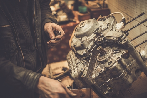 Commercial Driveline Services   Engine Rebuild